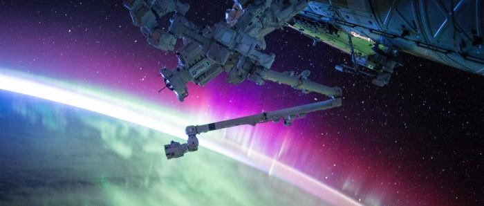 Ingénieur espace électronique planète terre